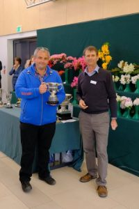 Michael received the RHS Lionel de Rothschild challenge cup