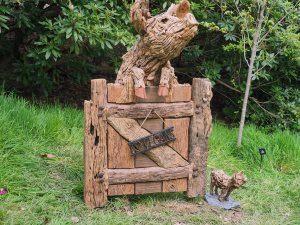 driftwood pig